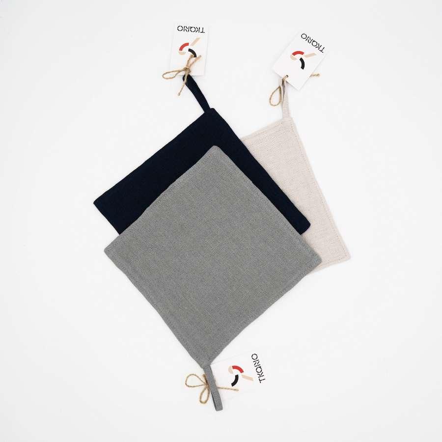 Прихватка из умягченного льна серого цвета TKANO TK18-PH0007