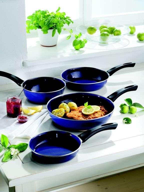 Стальная эмалированная сковорода 28 см,синий кобальт, KOBALTBLAU RIESS 0057-012