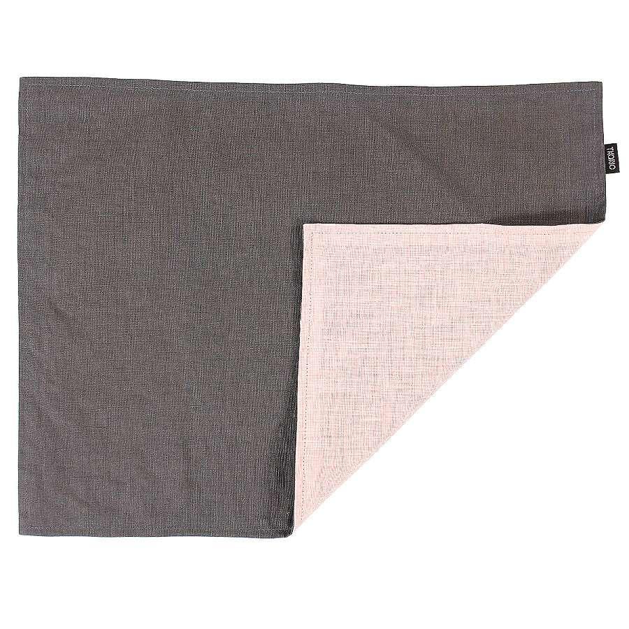 Двухсторонняя салфетка под приборы из умягченного льна с декоративной обработкой. Цвета темно-серый TKANO TK18-PM0017