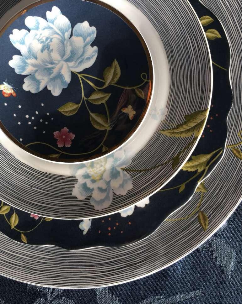 Тарелка Midnight Pinstripe LAURA ASHLEY 180448
