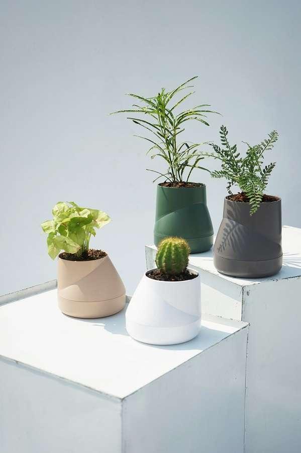 Горшок цветочный Hill Pot, маленький, кремовый QUALY QLX20001-CR